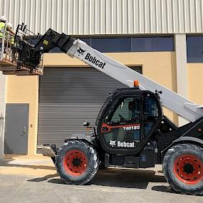 Оборудование компании Bobcat на Ближнем Востоке